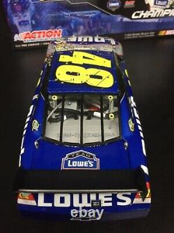 2009 JIMMIE JOHNSON 1/24 LOWES 4X CHAMPION RACE WIN NASCAR With 4X CHAMPION PIN