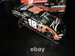 AUTOGRAPHED KYLE BUSCH 2009 #18 Z LINE NATIONWIDE CHAMPION With PIN RACED VERSION