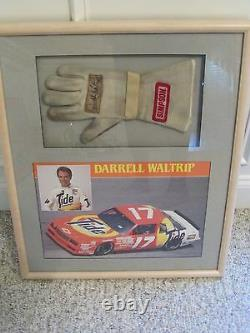 Nascar Race Used Darrell Waltrip Glove Autoed Tide #17 Framed And Matted
