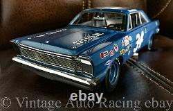 Wendell Scott #34 University Of Racing Legends 124 Scale 1965 Ford Galaxie
