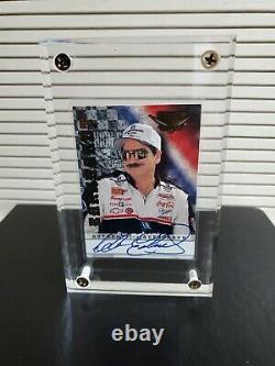 1999 Dale Earnhardt Sr Wheels High Gear Autographed Card 01/100. Carte #1 Signée