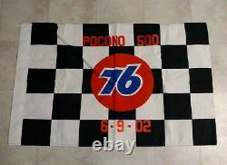 Dale Jarrett 2002 Pocono 500 Nascar Race Utilisé Victory Lane Drapeau