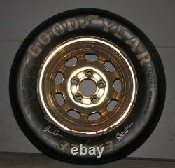Rare Vintage 1980 Bobby & Donnie Allison Race Signe Utilise Nascar Tire & Rim