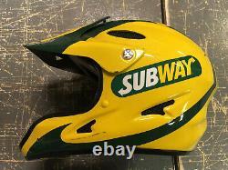Tony Stewart 2008 Talladega Subway Jason Faisceau Nascar Race Utilisé Pit Crew Casque